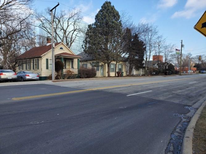 9008 Gross Point Road, Skokie, IL 60077