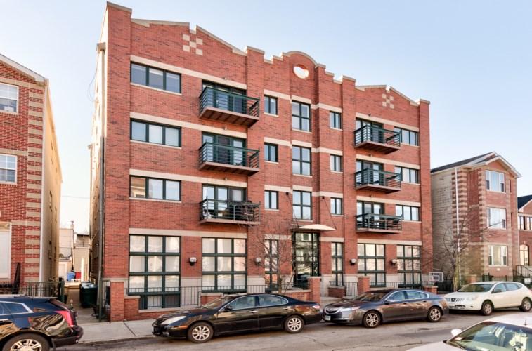 2033 Superior W Street #2E, Chicago, IL 60612