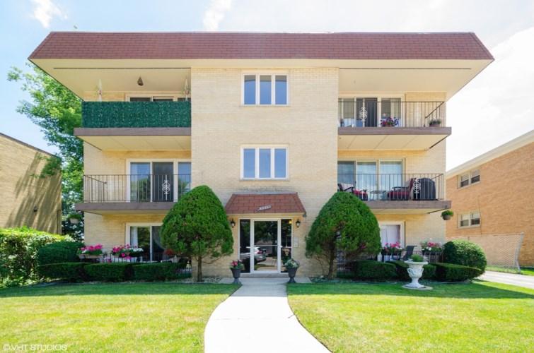 6111 W Leland Avenue #101, Chicago-Portage Park, IL 60630
