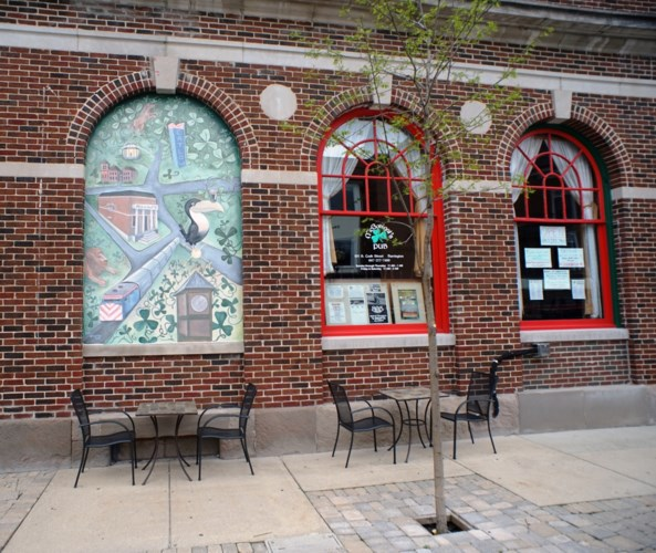 105 COOK S Street, Barrington, IL 60010