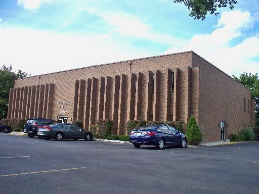 1177 N Highland Avenue N, Aurora, IL 60506