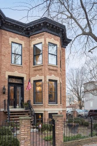 900 W Webster Avenue, Chicago-Lincoln Park, IL 60614