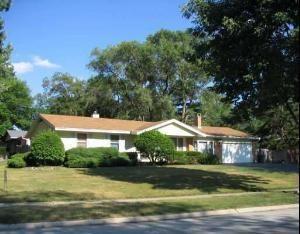 1245 Ridge Avenue, Elk Grove Village, IL 60007