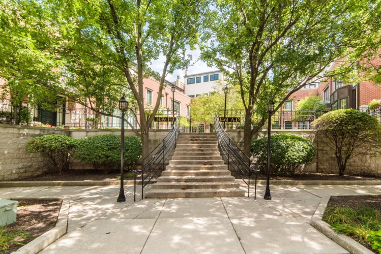 1461 Prairie S Avenue #D, Chicago, IL 60605