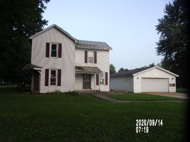 109 S East Street, Ellsworth, IL 61737