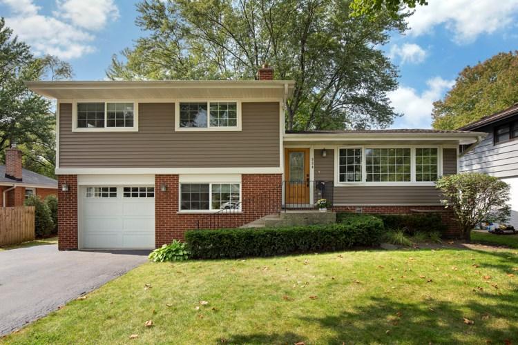 934 Stratford Road, Deerfield, IL 60015