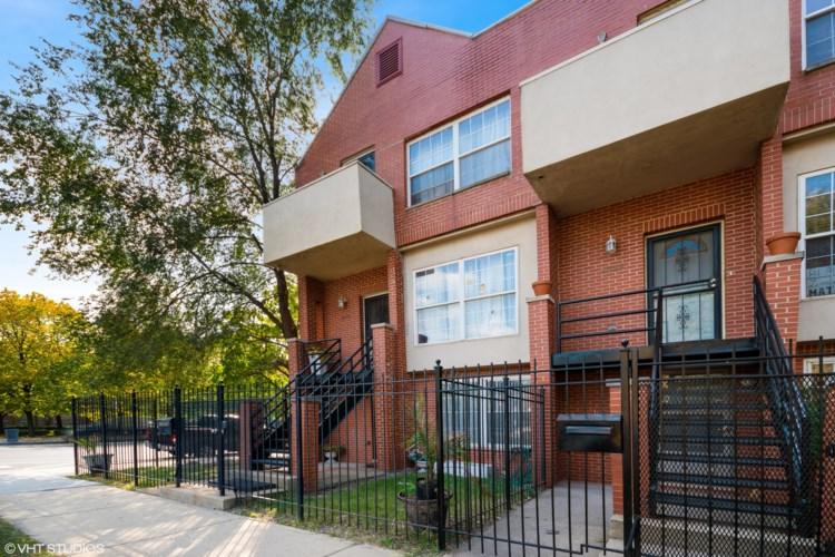 4658 S Ellis Avenue, Chicago-Kenwood, IL 60653