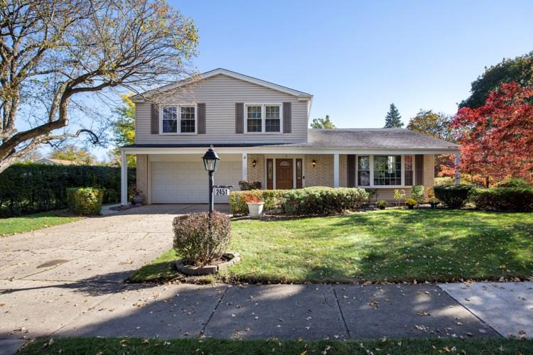 2451 Barbary Lane, Glenview, IL 60025