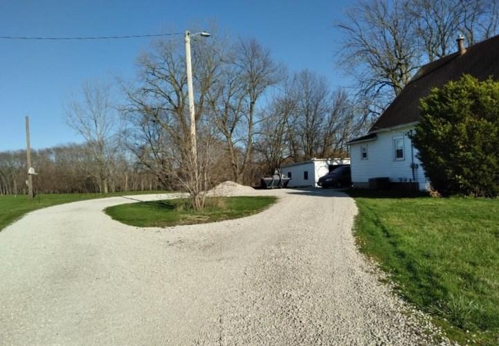 1317 N State Route 130, Villa Grove, IL 61956