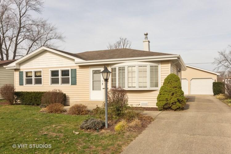 406 W Division Street, Mundelein, IL 60060