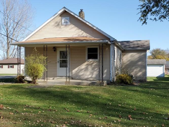 102 S 1st Street, Cherry, IL 61317