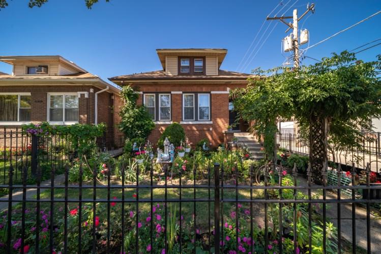 3146 N KILBOURN Avenue, Chicago-Hermosa, IL 60641