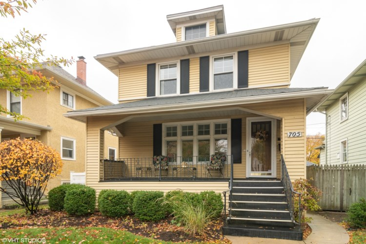 705 Carpenter Avenue, Oak Park, IL 60304