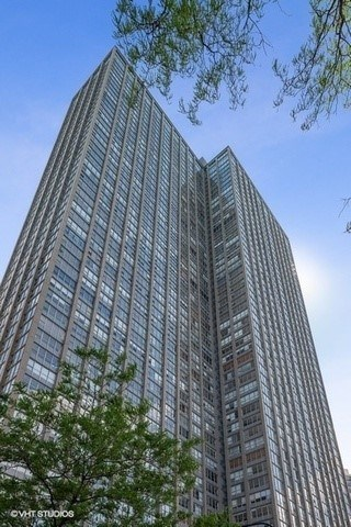 655 W Irving Park Road #B212, Chicago-Lake View, IL 60613