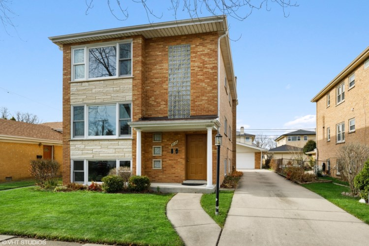 3036 Downing Avenue, Westchester, IL 60154