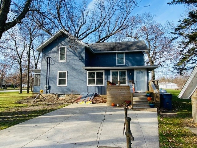 10725 E 1700 North Road, Pontiac, IL 61764