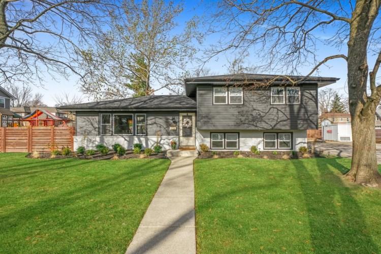 8540 Parkview Avenue, Brookfield, IL 60513