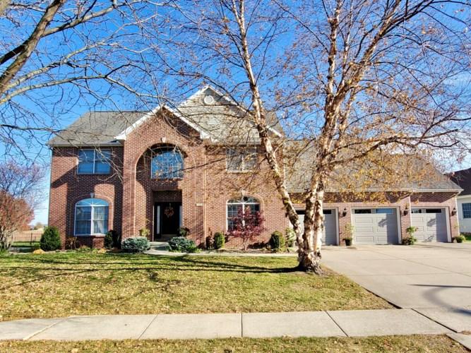 18 Knollbrook Court, Bloomington, IL 61705