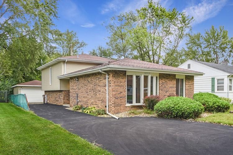 18911 Harding Avenue, Flossmoor, IL 60422