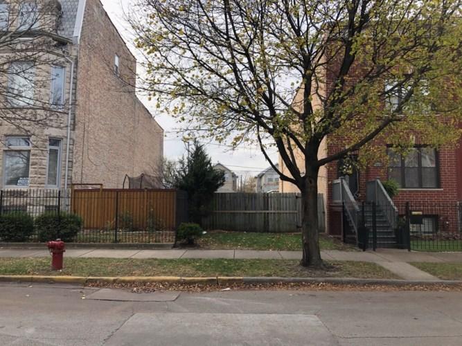 3560 S Prairie Avenue, Chicago-Douglas, IL 60653