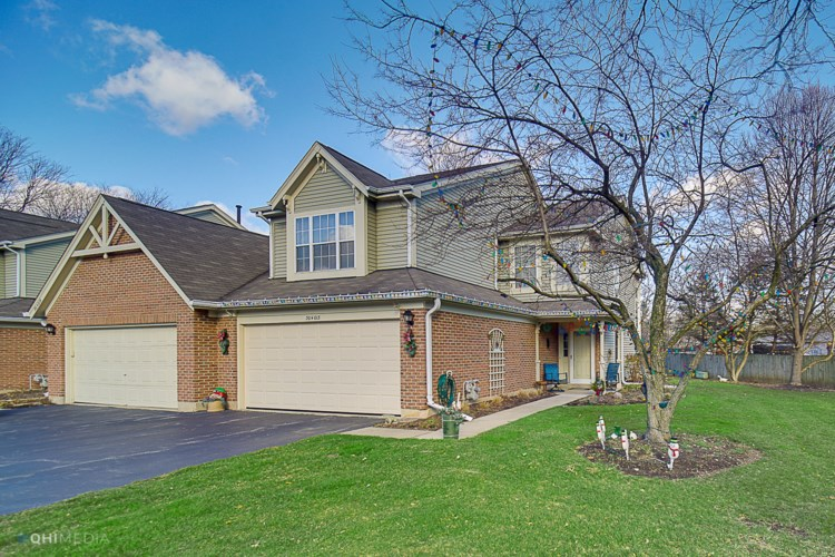 30W013 LAUREL Court, Warrenville, IL 60555