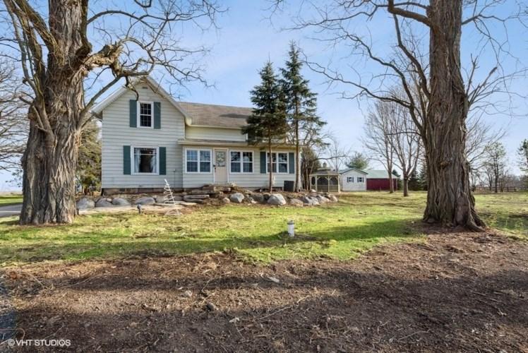 21743 Burr Oak Road, Harvard, IL 60033