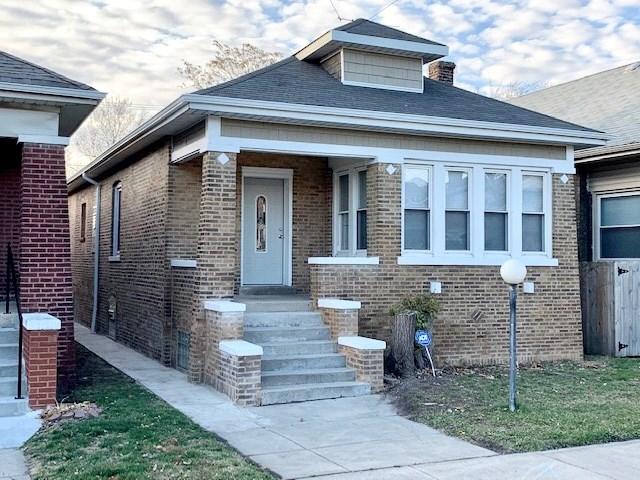 7724 S Cregier Avenue, Chicago-South Shore, IL 60649