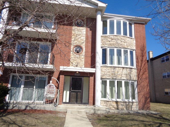 8130 Marion Street #2W, Justice, IL 60458