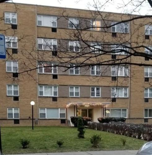 6161 N Hoyne Avenue #211, Chicago-West Ridge, IL 60659