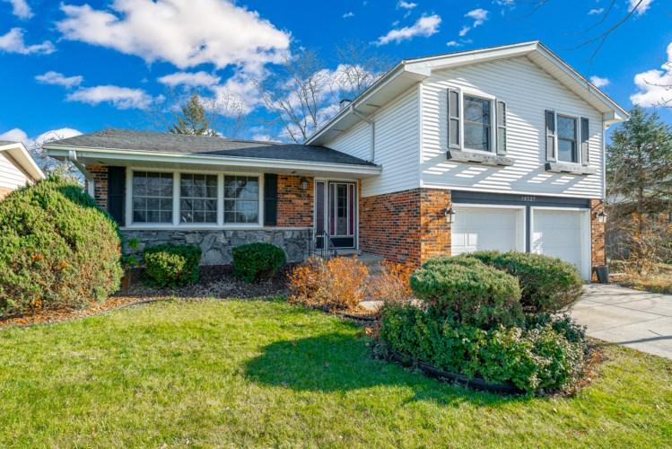 10527 S Stowe Court, Palos Hills, IL 60465