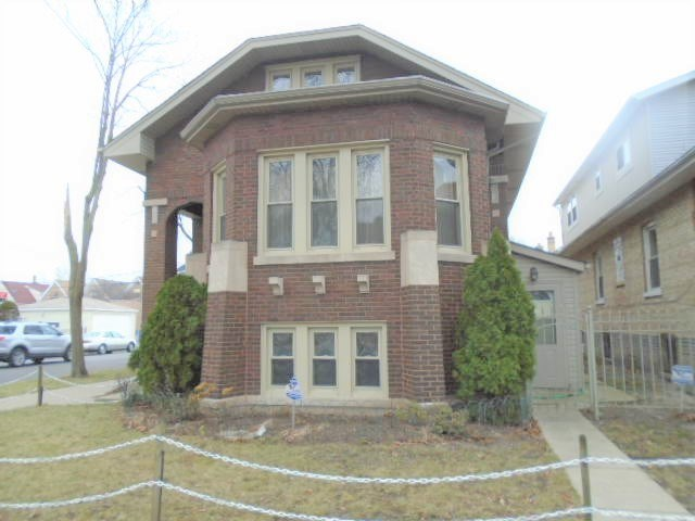 2701 S Tripp Avenue, Chicago-South Lawndale, IL 60623