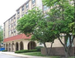 4280 W fORD cITY Drive #203, Chicago-West Lawn, IL 60652