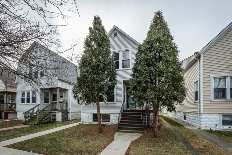 5925 W Eastwood Avenue, Chicago-Portage Park, IL 60630