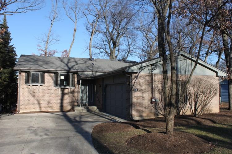 519 Lawndale Avenue, Woodstock, IL 60098
