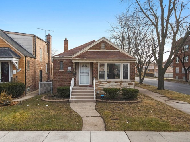 8559 S Maryland Avenue, Chicago-Chatham, IL 60619