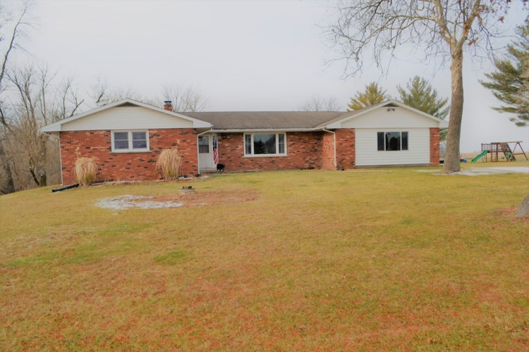 3169 N 1300 East Road, Chebanse, IL 60922
