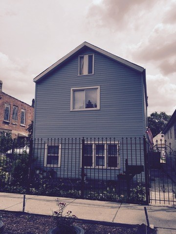 2427 S CHRISTIANA Avenue, Chicago-South Lawndale, IL 60623
