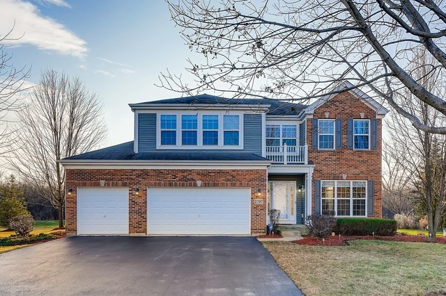 2707 N Wisteria Way, Port Barrington, IL 60010