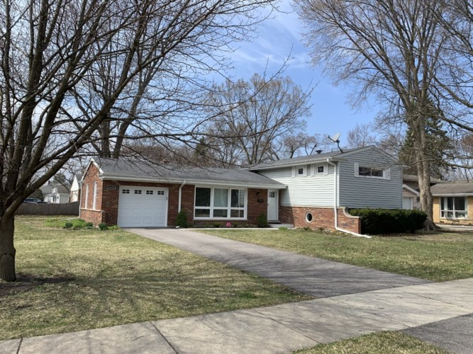 1432 Wescott Road, Northbrook, IL 60062