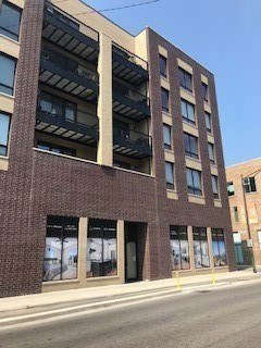 680 N Milwaukee Avenue, Chicago-West Town, IL 60642