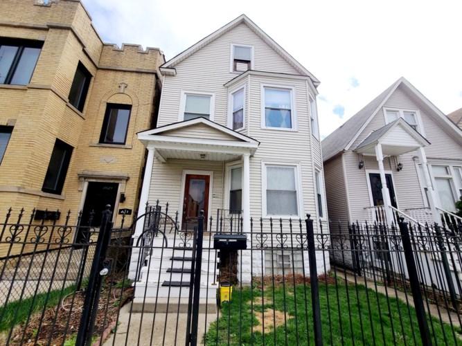 3927 N Whipple Street, Chicago-Irving Park, IL 60618