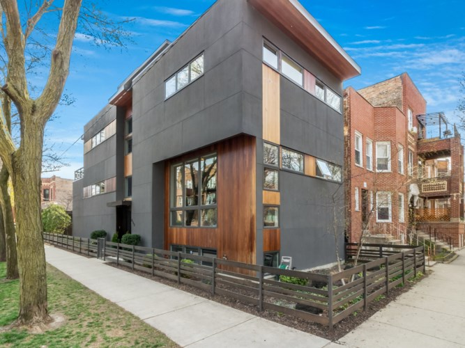 852 N Rockwell Street, Chicago-West Town, IL 60622
