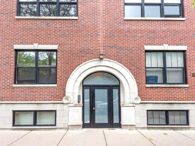 705 W Wrightwood Avenue #3E, Chicago-Lincoln Park, IL 60614