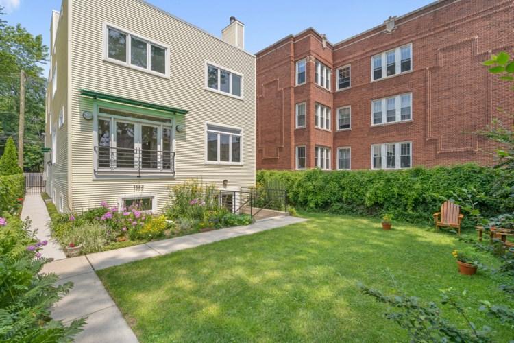 1652 W Edgewater Avenue, Chicago-Edgewater, IL 60660
