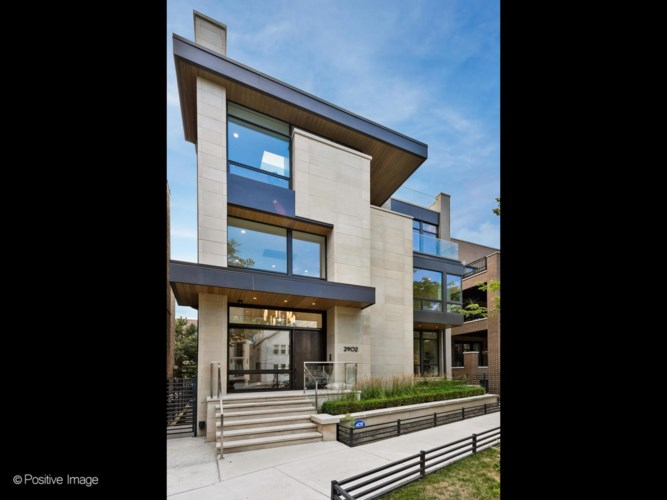 2902 N Burling Street, Chicago-Lake View, IL 60657