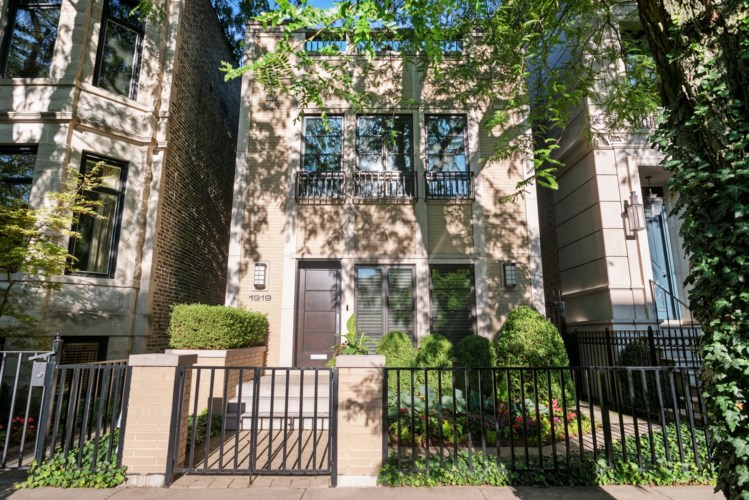 1919 N Fremont Street, Chicago-Lincoln Park, IL 60614