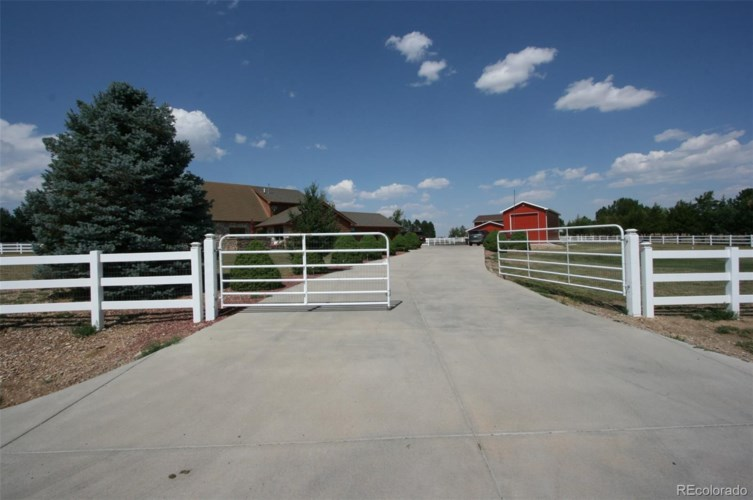 2351 W 152nd Place, Broomfield, CO 80023