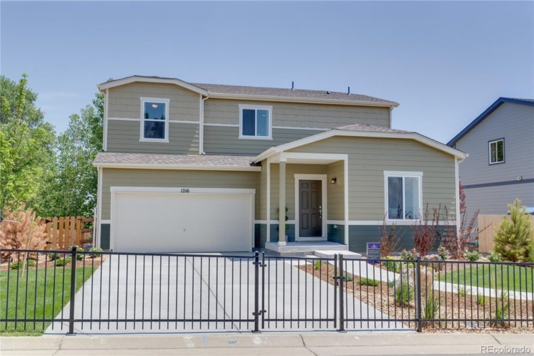 1216 Glen Creighton Drive, Dacono, CO 80514