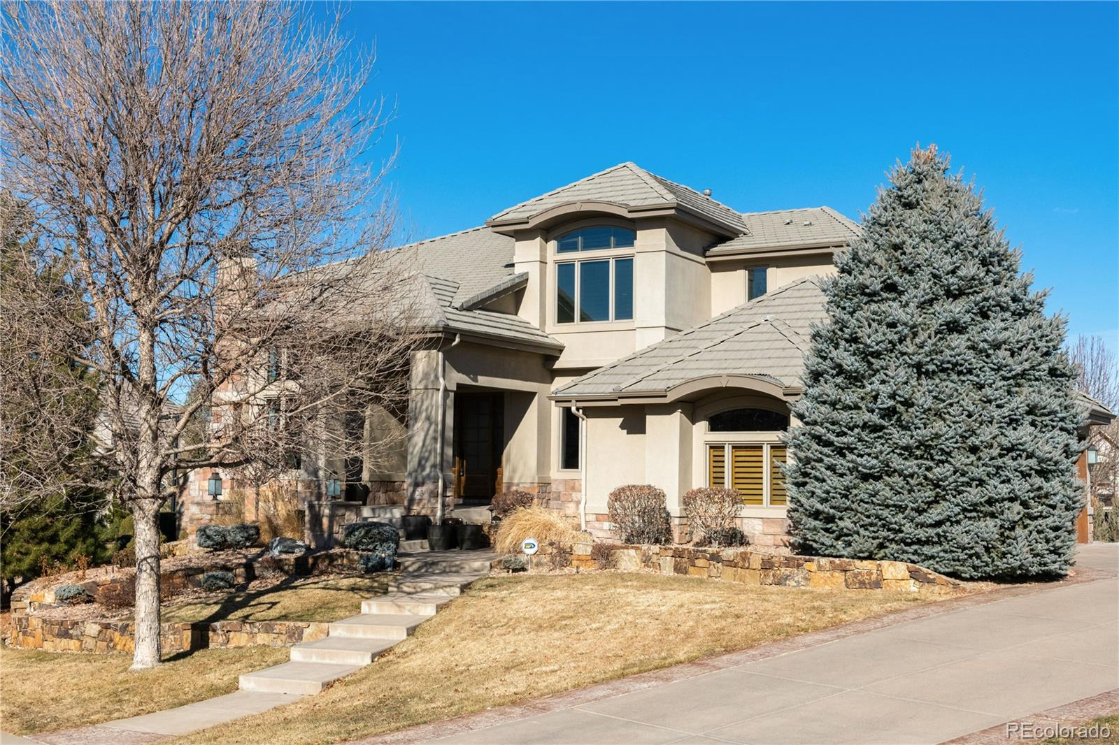 923 Rutherford Way , Highlands Ranch, CO 80126