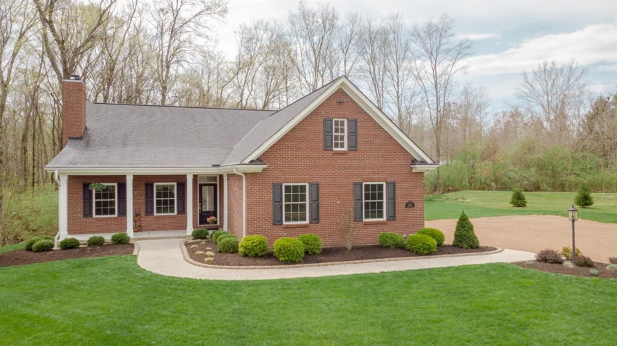 6938 Paxton Road, Loveland, OH 45140